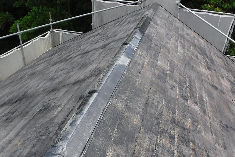 屋根プライマー2回塗り施工
